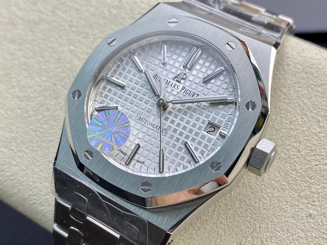 JF廠愛彼 AP15450鋼帶37mm搭載3120機芯15400的縮小版複刻手錶