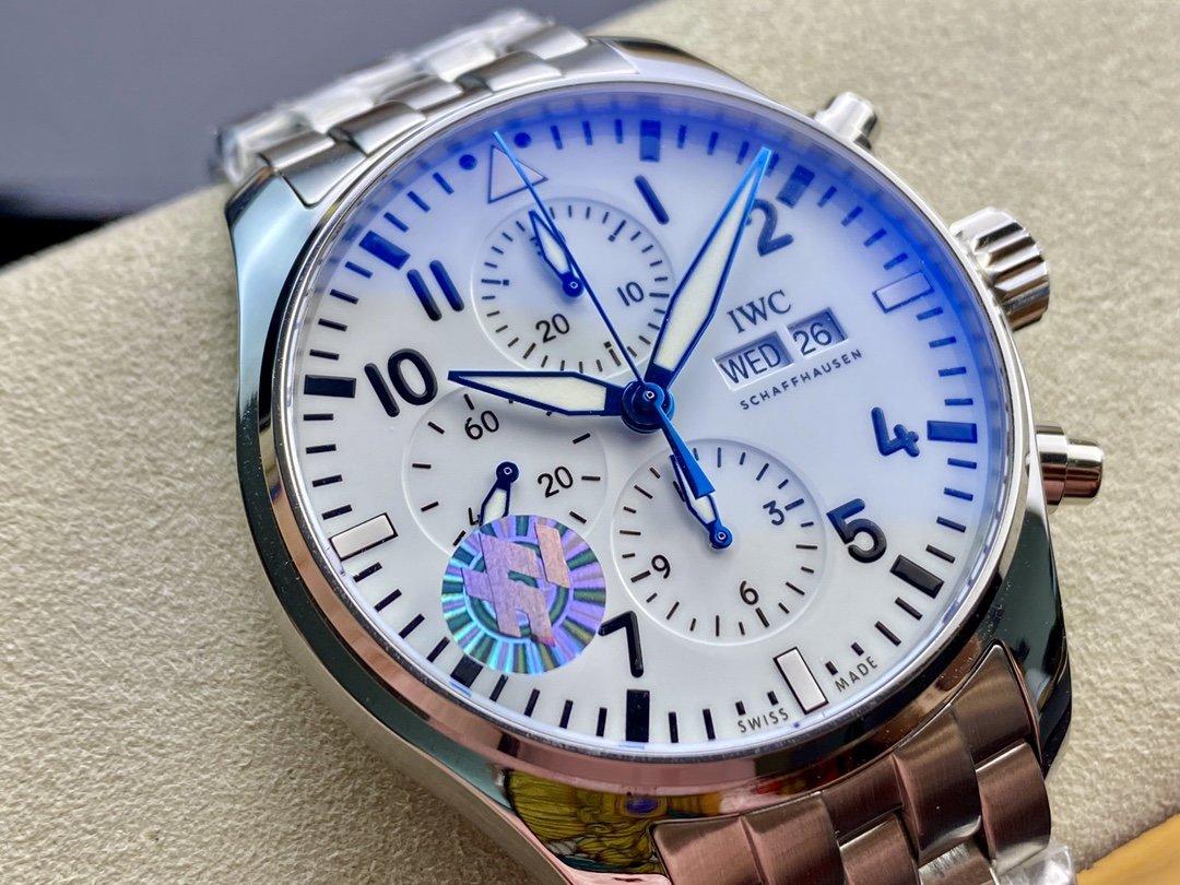 ZF出品3777飛行員計時系列機芯同步原裝43MM高仿手錶