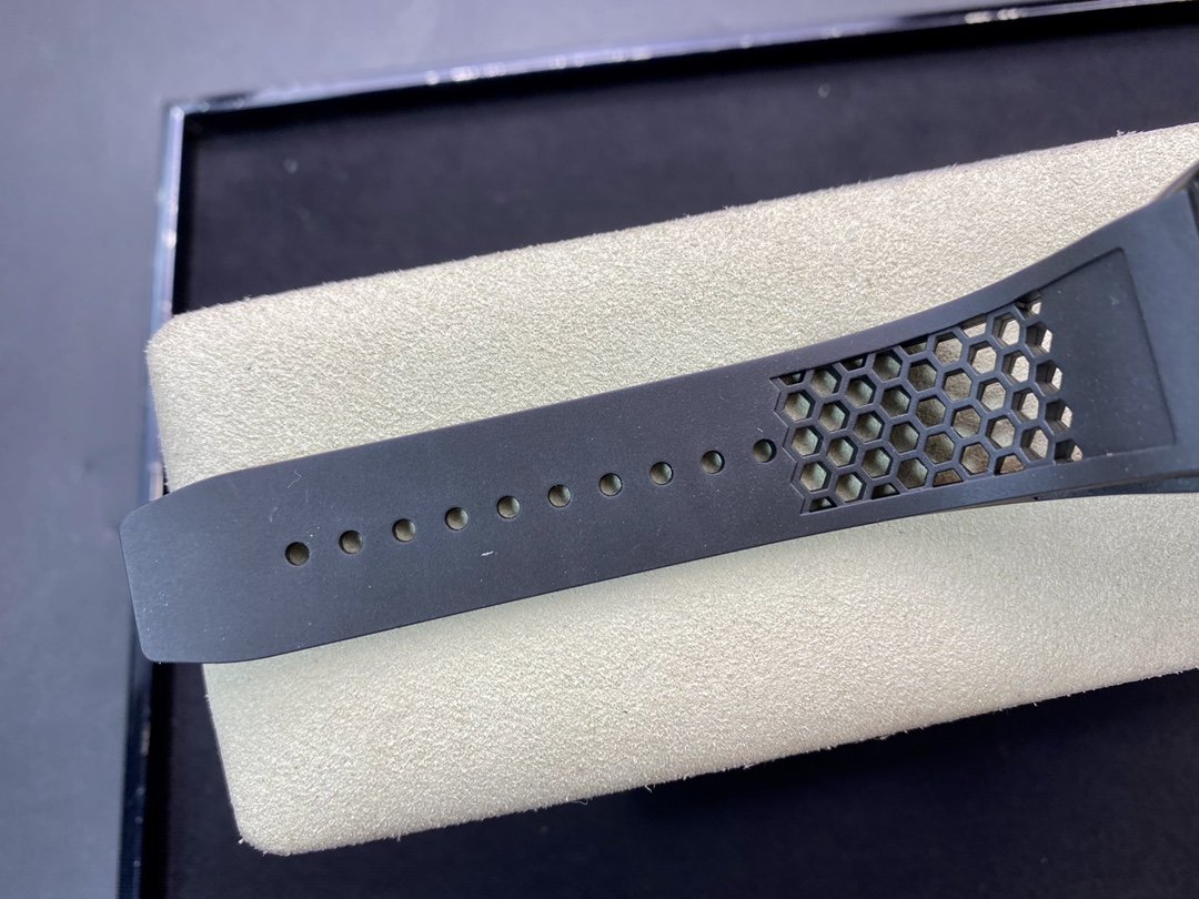 EUR Factory 堪稱開天斧的神級理查德米爾副本RM027陀飛輪複刻手錶