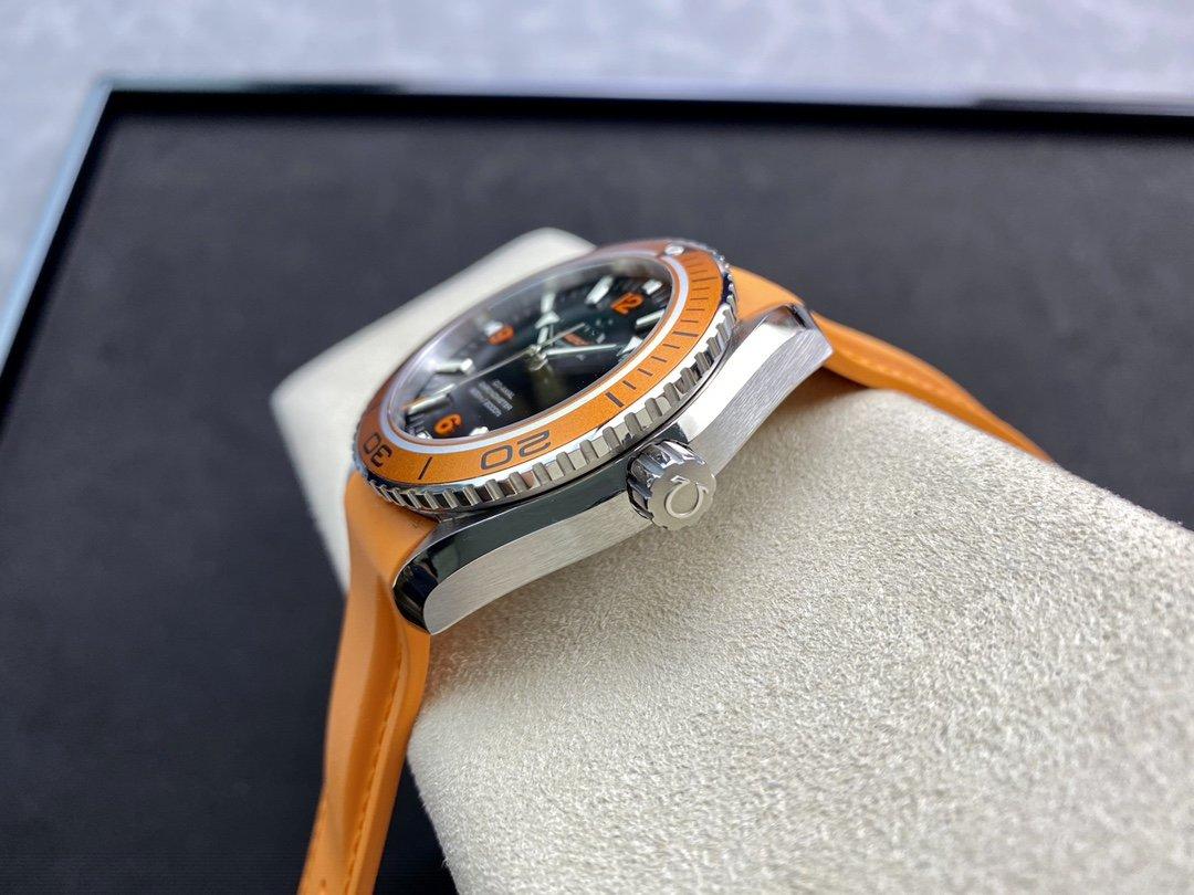 """圖為小號42mm VS廠歐米茄海馬600 米海洋宇宙600 夏天活力""""騷橙圈"""" 42mm \ 45.5mm 膠帶鋼帶版本複刻手錶"""