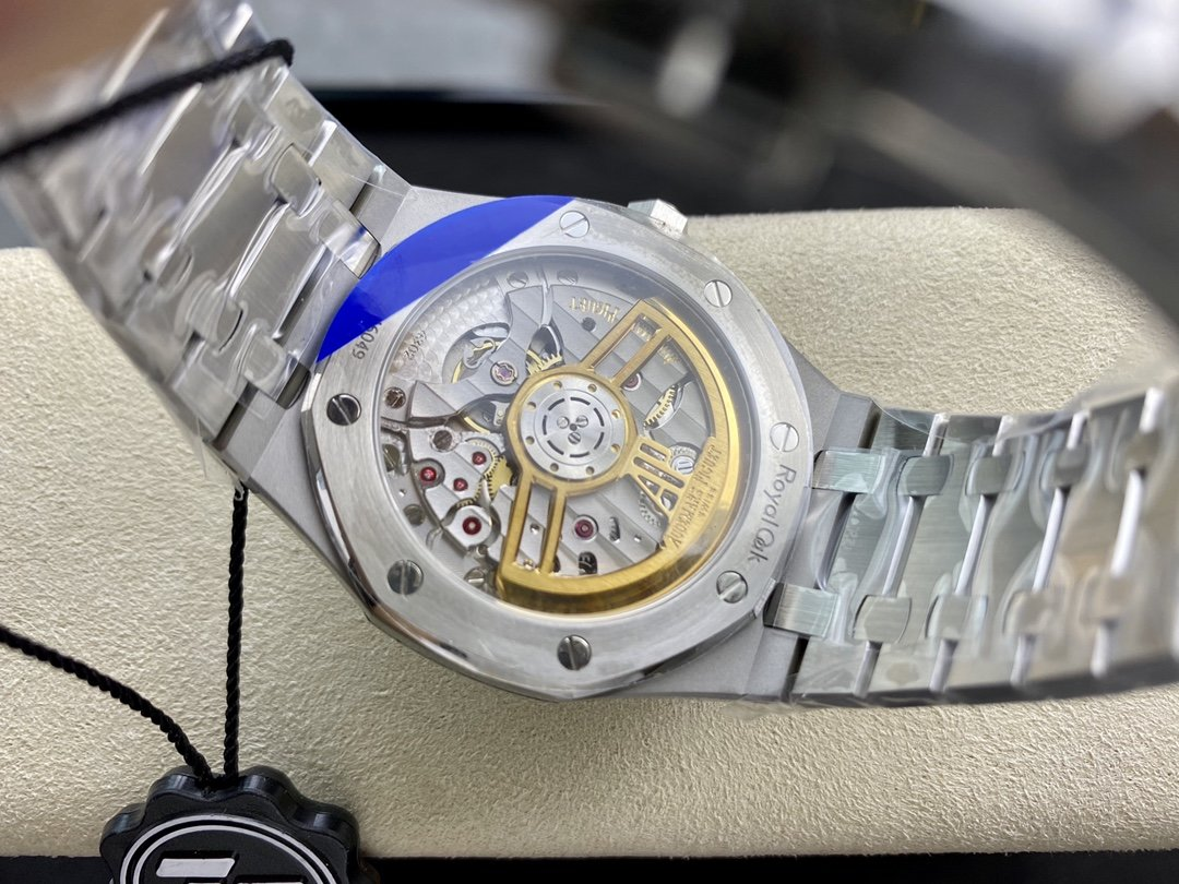 ZF Factory廠高仿愛彼皇家橡樹 15500系列CAL.4302一體機41MM複刻手錶