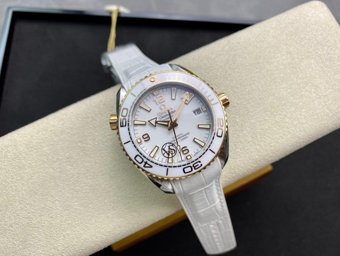 VS 廠精仿歐米茄海馬600海洋宇宙600米39.5 MM白陶瓷 複刻手錶