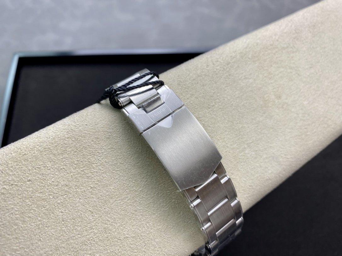 ZF高仿帝舵/帝陀碧灣系列M79030b-0001腕表2824機芯39MM複刻手錶