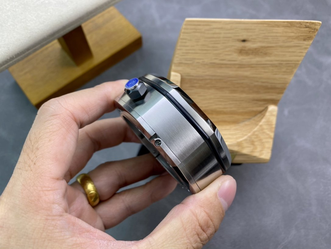 TZ桌鐘高仿愛彼皇家橡樹系列15710款專賣店座鐘/小桌鐘辦公室書房駕駛室的靈魂點綴複刻手錶