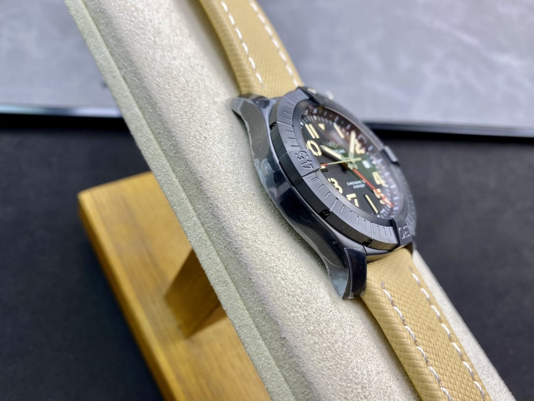 GF新品百年靈復仇者雙時區自動機械腕表45夜間任務版(Avenger Automatic GMT 45 Night Mission)複刻手錶