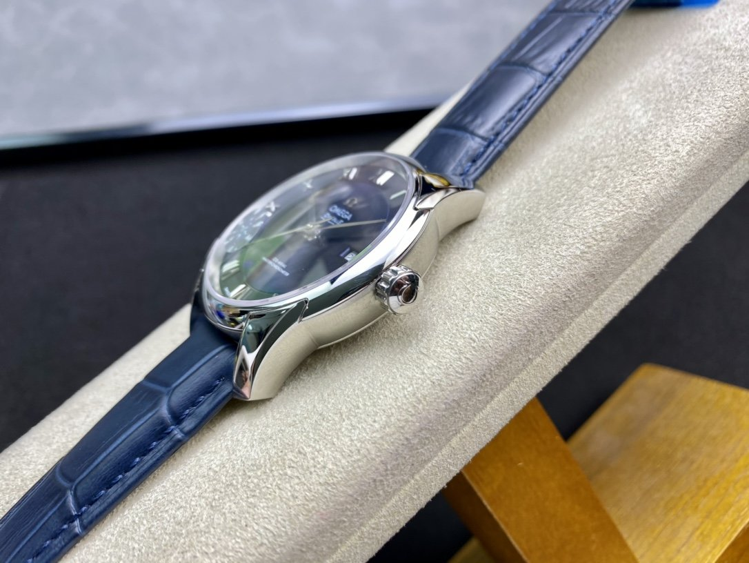 YR廠仿表歐米茄蝶飛系列搭載同軸8500機芯複刻手錶